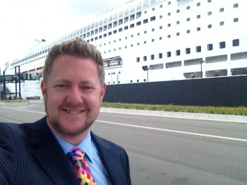 Cruise Ship wedding - Pacific Jewel - Stephen Lee - Young Male Sydney Marriage Celebrant