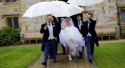 Wet Weather Wedding - Young Sydney Marriage Celebrant - Male Marriage Celebrant Sydney - Modern Marriage Celebrant Sydney - Wet Wedding