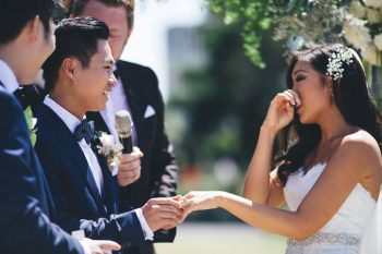 Julianne and Kevin married at the Rose Garden in Royal Botanic Gardens in Sydney by Marriage Celebrant Stephen Lee