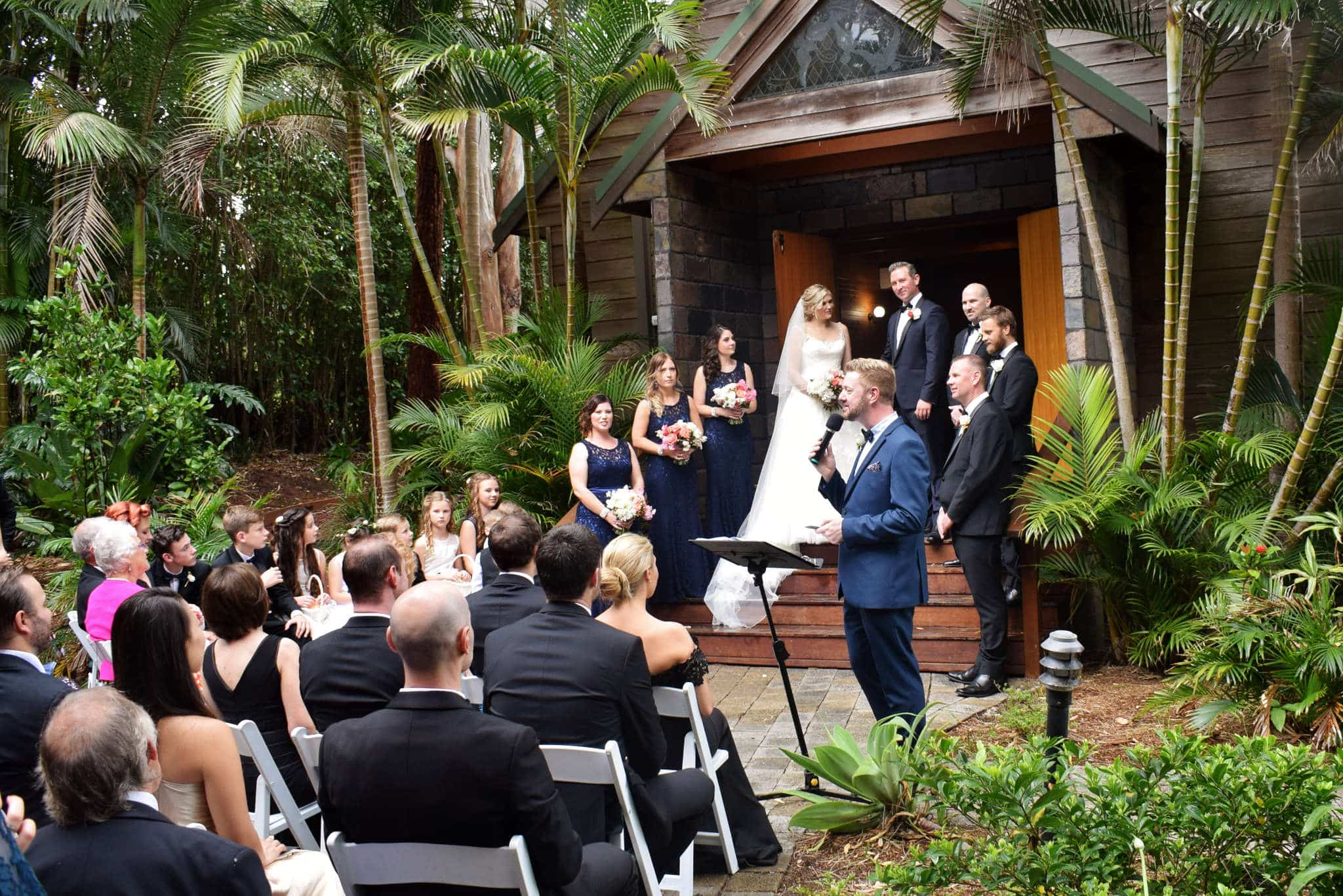 Coffs Harbour Wedding - Male Sydney Marriage Celebrant Stephen Lee