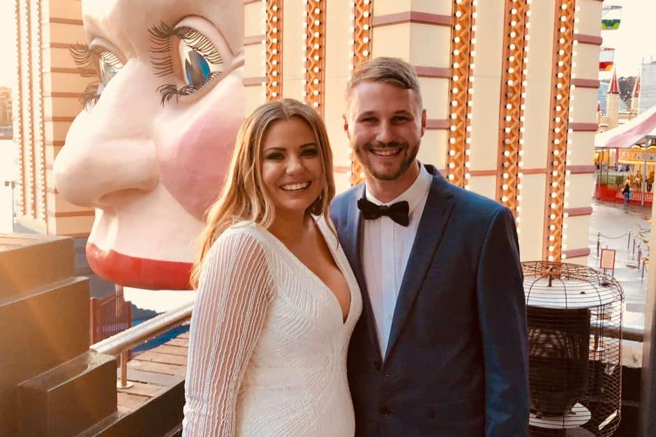 Luna Park Kiss Me Quick Wedding - easy simple small afforable - cheaper than Registry or Courthouse - Sydney Marriage Celebrant Stephen Lee