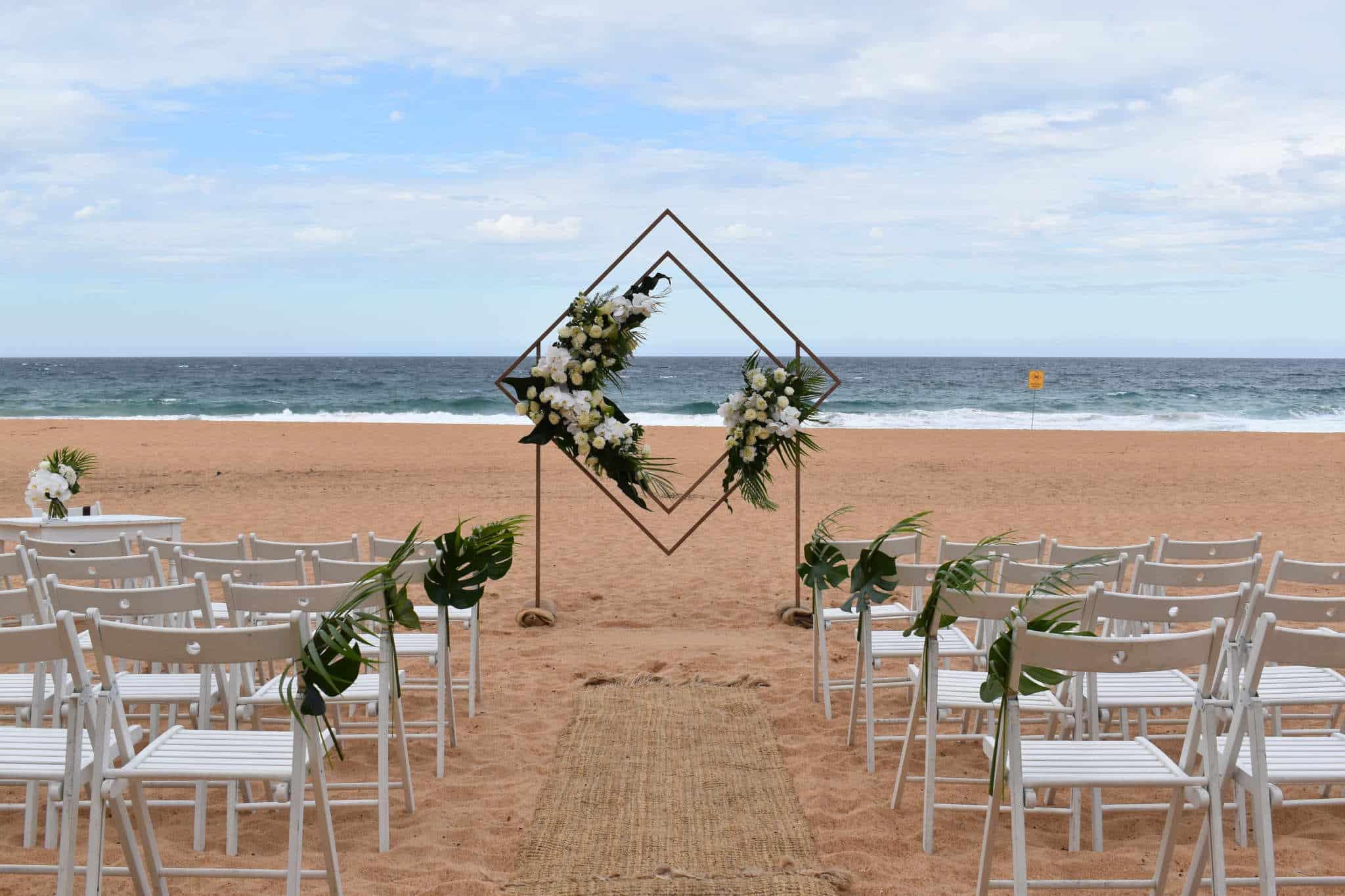 Whale Beach Wedding - Stephen Lee Sydney Marriage Celebrant